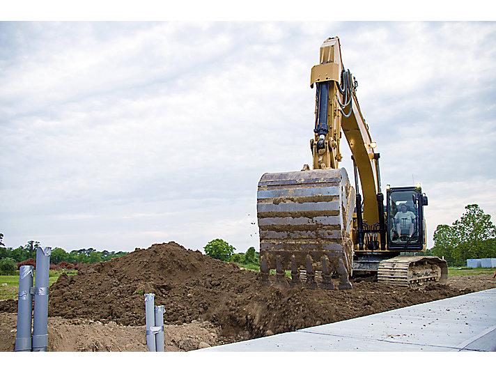 Caterpillar Medium Excavator 326 Construction Machinery Rocksfair